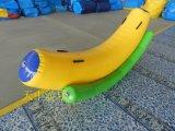 天中游乐充气香蕉跷跷板