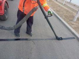河北國標道路灌縫膠路面養護材料產品優點及應用領