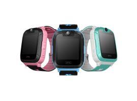 新款四代智慧兒童電話手表手機拍照定位記步SOS學習爆款廠家直供