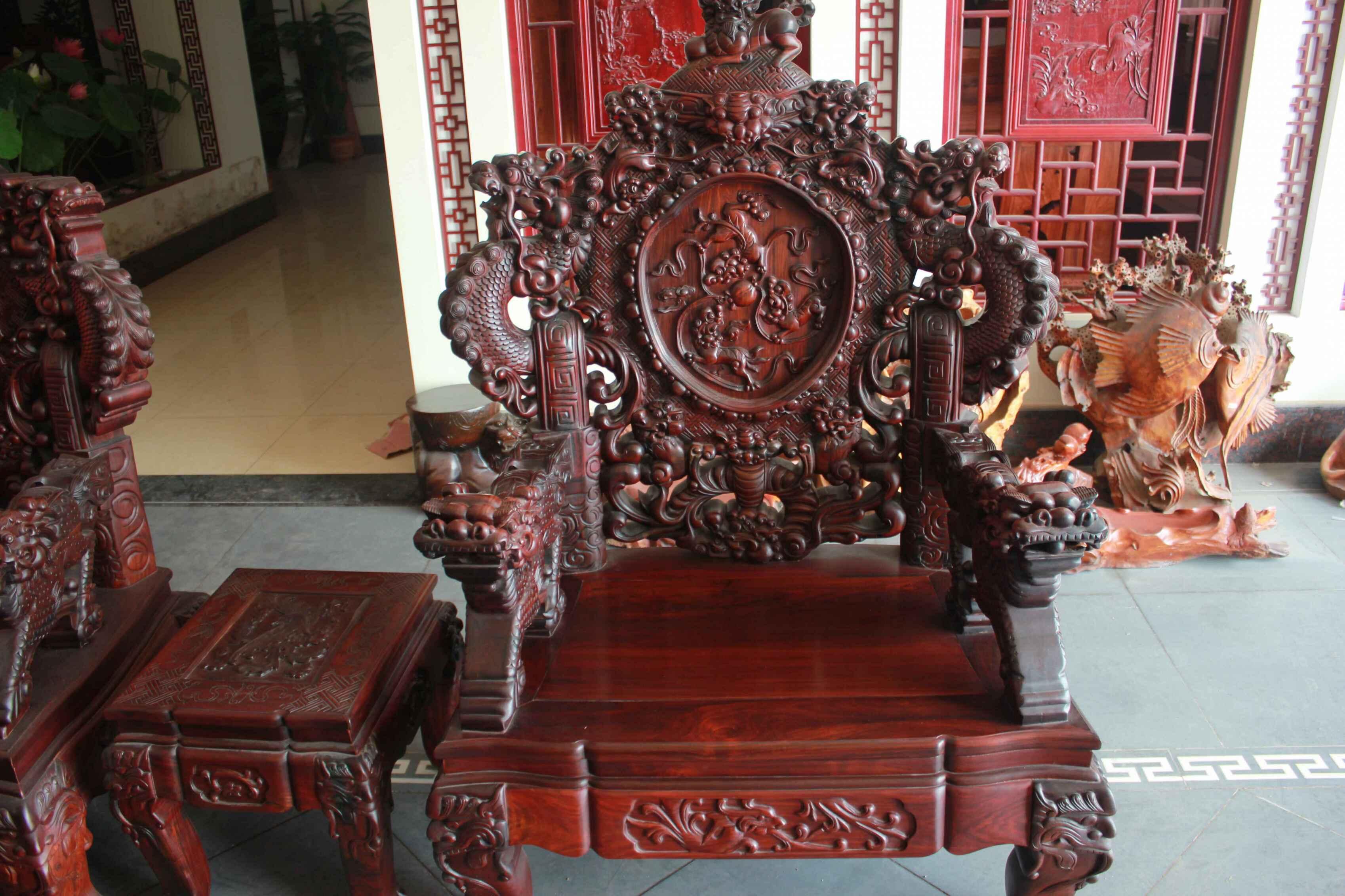 老红木雕龙宝座沙发定做红木家具价格,东阳木雕图,明清古典家具款式图片