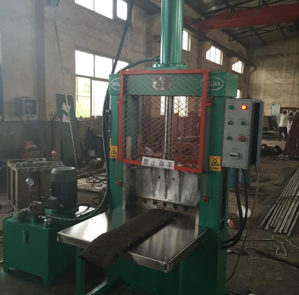 产品目录 制造加工机械 橡胶加工机械 切胶机 > 青岛立式工作台结构液