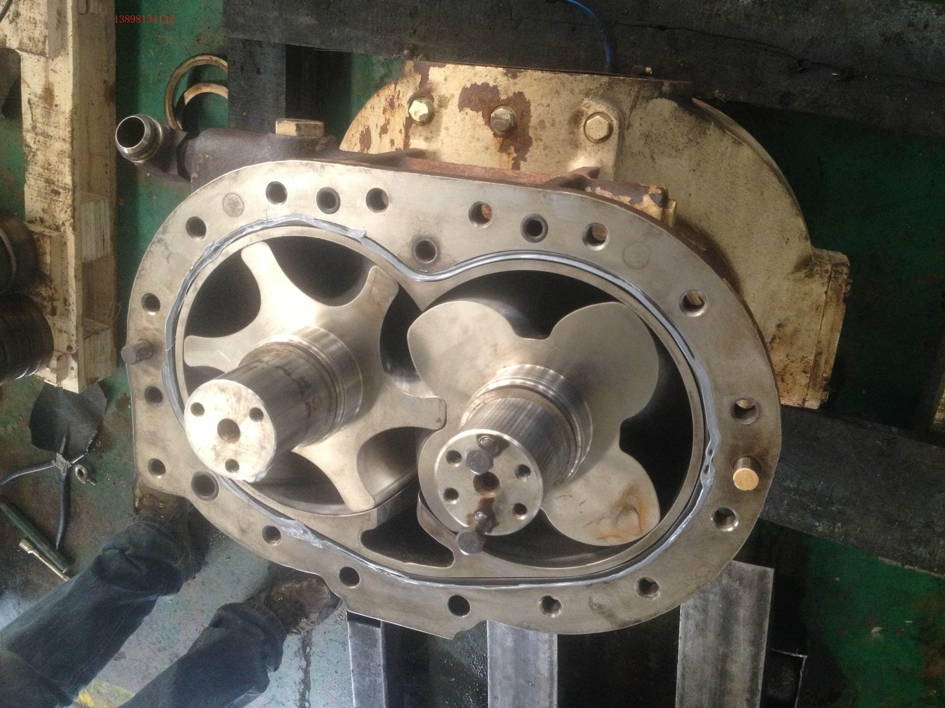 式螺杆空气压缩机图片