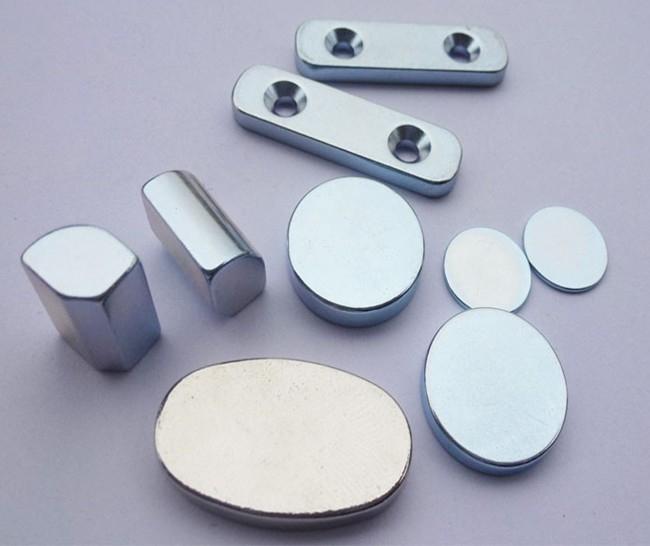 什么是永磁铁_> 钕铁硼磁铁---瓦磁,强力永磁铁,大型电机磁铁