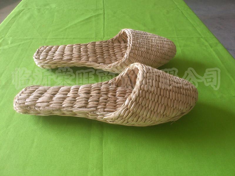 热销原生态纯天然手工编织保健按摩酒店宾馆专用蒲草草鞋