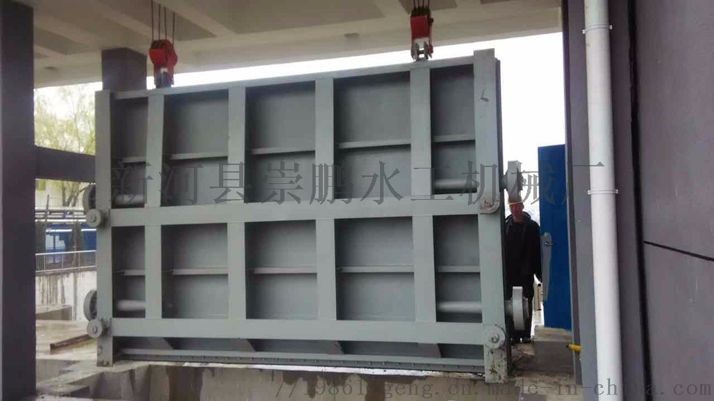 惠州市大亚湹�k�c._钢制闸门结构设计: 主要由闸框和闸板两大部分组成.