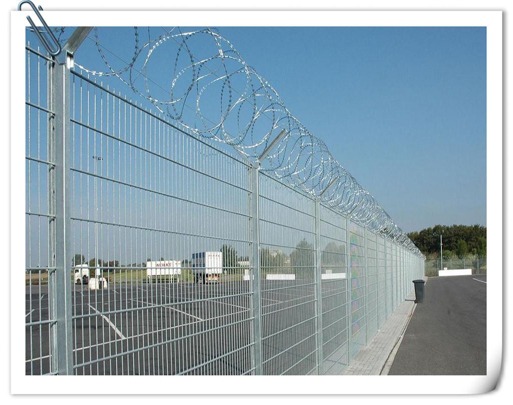 飞机场护栏网★机场护栏网★河北厂家机场护栏网供应方式微信