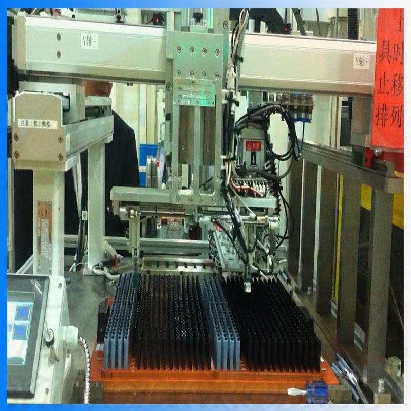 塑机辅助直角坐标立式多关节机器人yllsr003