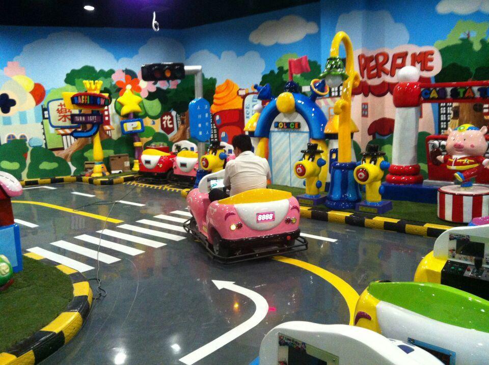 安徽滁州市儿童卡丁车驾校体验游乐场设计装饰图片