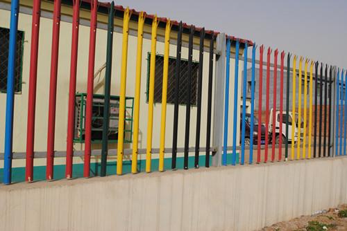 目前欧式护栏网广泛用于高档小区