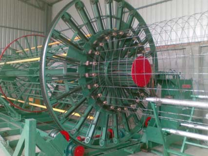 滚焊机的工作原理_钢筋笼滚焊机的工作原理