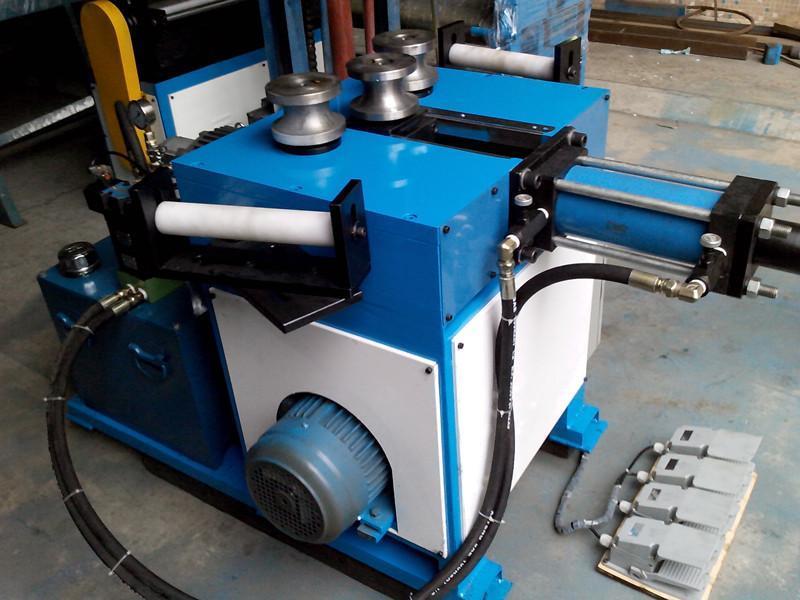 本公司主要经营单头液压弯管机,双头液压弯管机,cnc全,折叠椅,自动图片