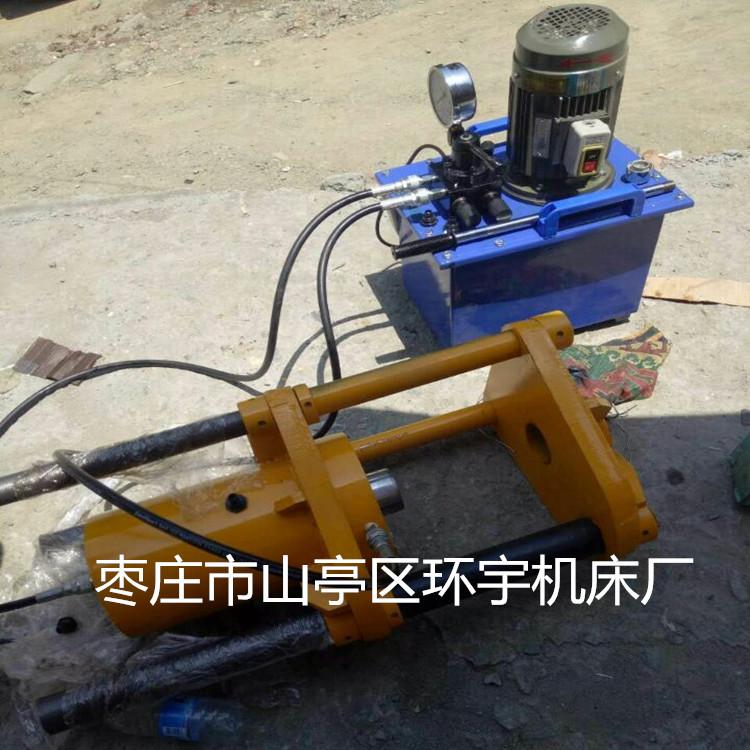 独立的液压泵站位于整机的右侧,整个液压控制系统由电机带动,高压油泵图片