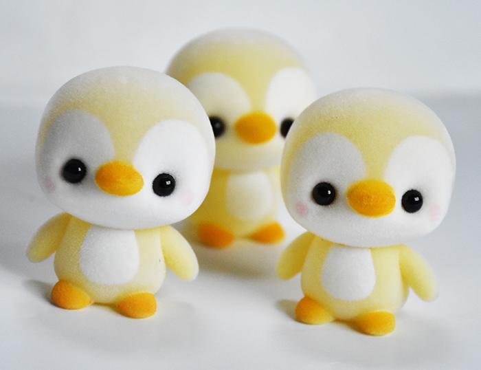产品目录 玩具 模型类玩具 动物模型 > 塑胶植绒企鹅毛绒玩具小饰品