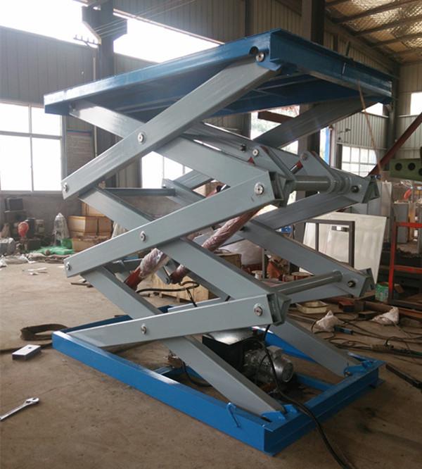 生产的固定式升降机,是用于建筑物层高间运送货物的,专用液压升降机.图片