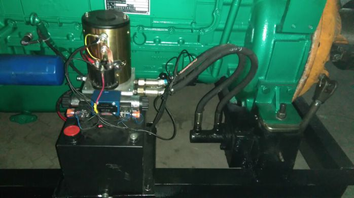 潍坊300马力固定动力柴油机 液压泵站液压离合器 大皮带轮图片