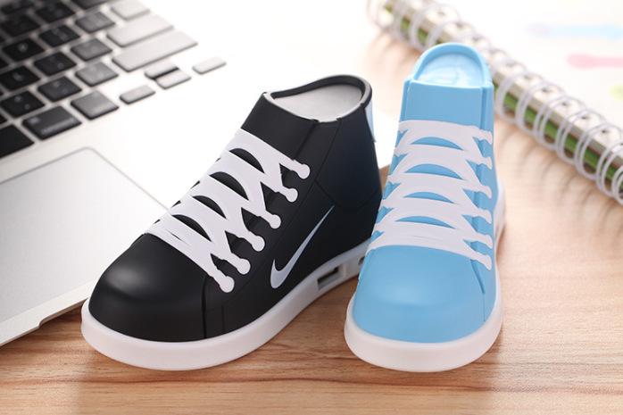 平板鞋移动电源充电宝卡通创意礼品【批发价格