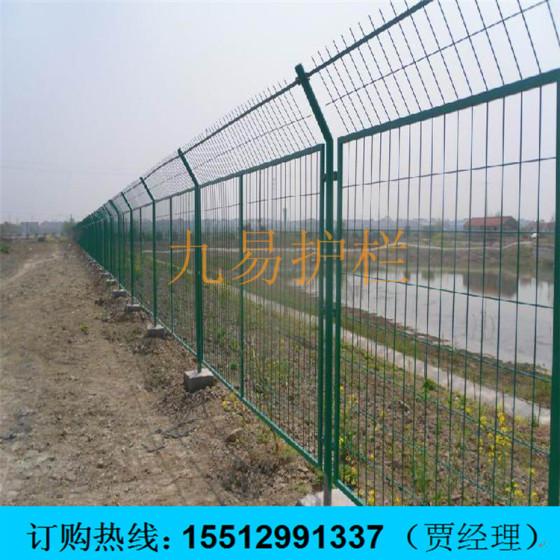 铁栏杆矢量图