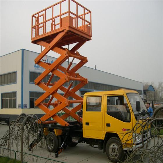 保定车载剪叉式升降平台,移动式户外高空升降平台,汽车式液压升降机图片