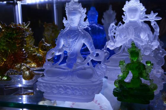 深圳琉璃佛像工厂,南宁琉璃佛像工艺品,古法琉璃佛像厂家,广州琉璃