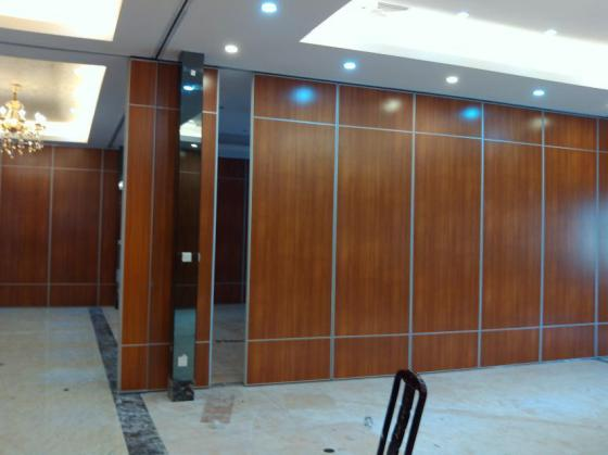 建筑和装饰材料 吊顶隔断 隔断 可移动屏风墙图片