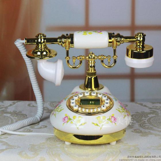 您正在查看深圳市嘉美特礼品制造有限公司 的仿古电话机 现代田园陶瓷风格电话机 嘉美特高清大图,更多的仿古电话机 现代田园陶瓷风格电话机 嘉美特高清大图尽在中国制造网,如果您想了解本产品的详细情况请查看:
