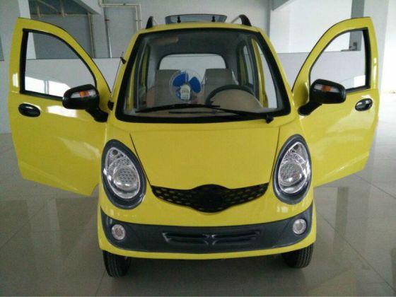 2万以下电动小汽车高清图片