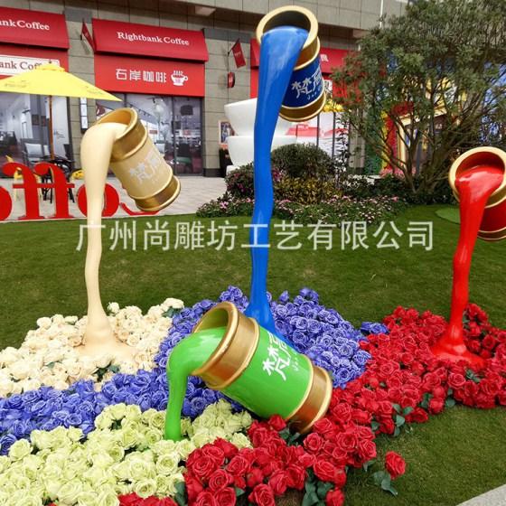 尚雕坊玻璃钢雕塑厂家定制油漆桶玫瑰花