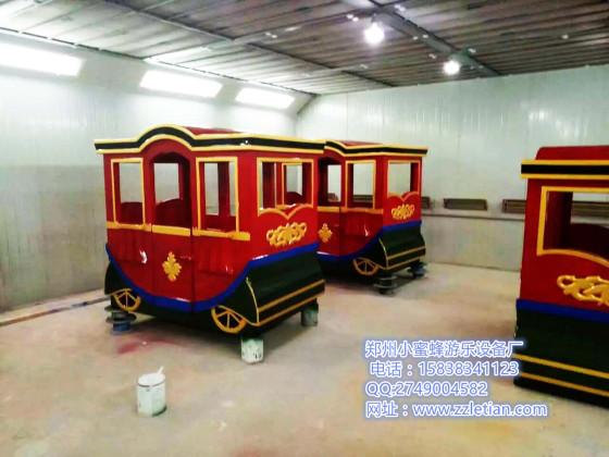 亲子项目无轨皇家仿古火车样式多,价格透明郑州小蜜蜂游乐设备厂家