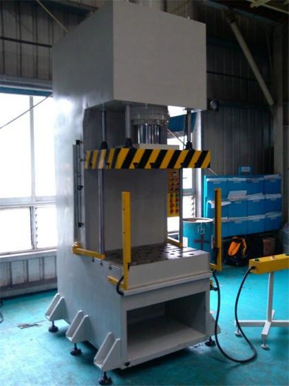 100吨单臂液压机价格 单柱油压机加工设计图片