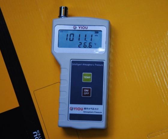 大气压力计图片