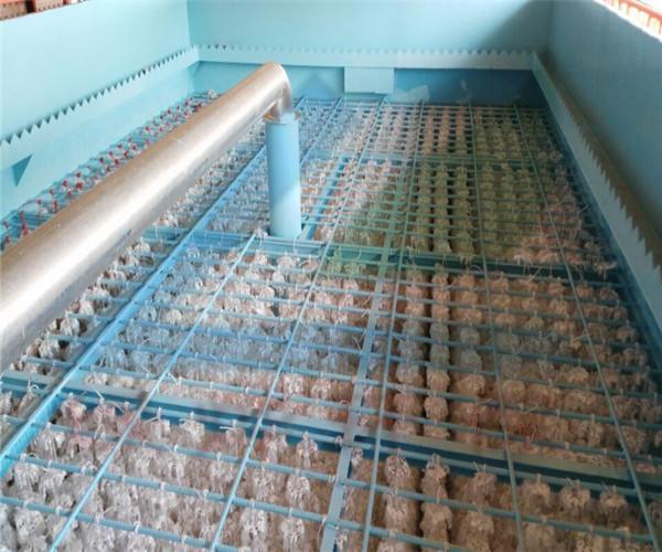 组合填料安装于污水好氧池处理