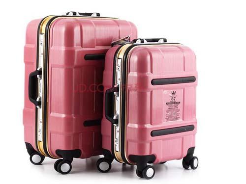 國外旅遊政策:遊客使用拉杆箱罰款