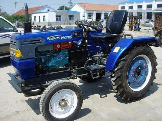 拖拉机 zt220d