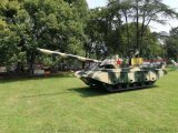 大型军事展模型 99式坦克 奸20 战斗机