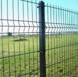 供應吉林1.8x2.5米鐵絲網圍牆桃型柱護欄網