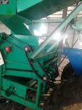 臺灣四輪拖拉機帶農用打玉米機