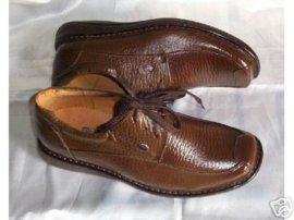 特型、异型皮鞋