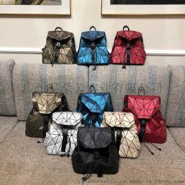 蚕丝背包几何图案不规则双肩包学生书包户外旅行包
