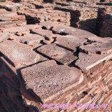 供应玄武岩火山岩板材 红色火山石碎拼 规格可定制