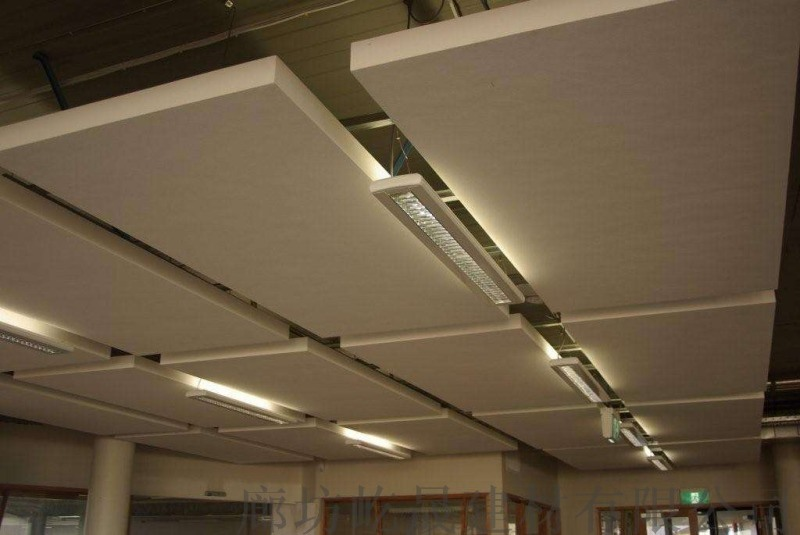 玻纤吸音板 写字楼办公室吊顶白色吸声板