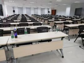 梯形書桌椅拼接梯形培訓桌自由組合課桌椅