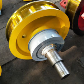 700×210双边主动行车轮双梁锻造行车轮组直销