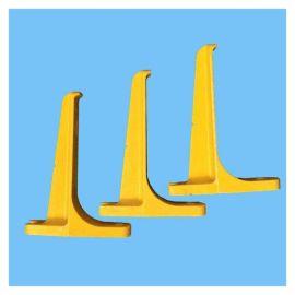 人孔井电缆支架 不变形电缆支架 泽润 玻璃钢托架