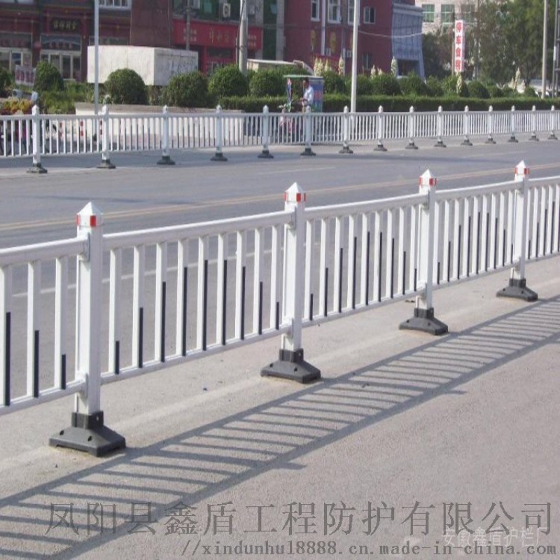 安徽亳州市政道路隔離欄 塑鋼隔離欄