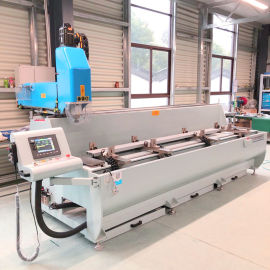 肯德基门型材钻铣加工设备济南直销铝合金数控钻铣床