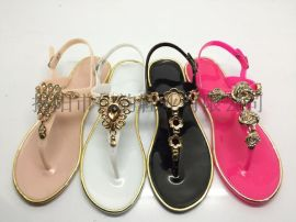 揭阳厂家供应女款新款水晶凉鞋