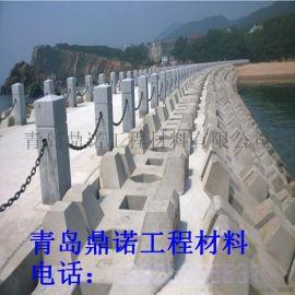 廠家直銷北京塑鋼防護鏈石柱護欄、木棧道城中河護欄