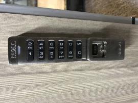 销售美国原装进口NEXTLOCK SOLA会所衣柜门按键密码锁