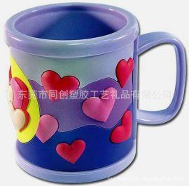 pvc软胶心形杯套礼品,卡通农场PVC硅胶马克杯套