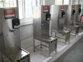 校园、浴室、澡堂、工厂热水控制器
